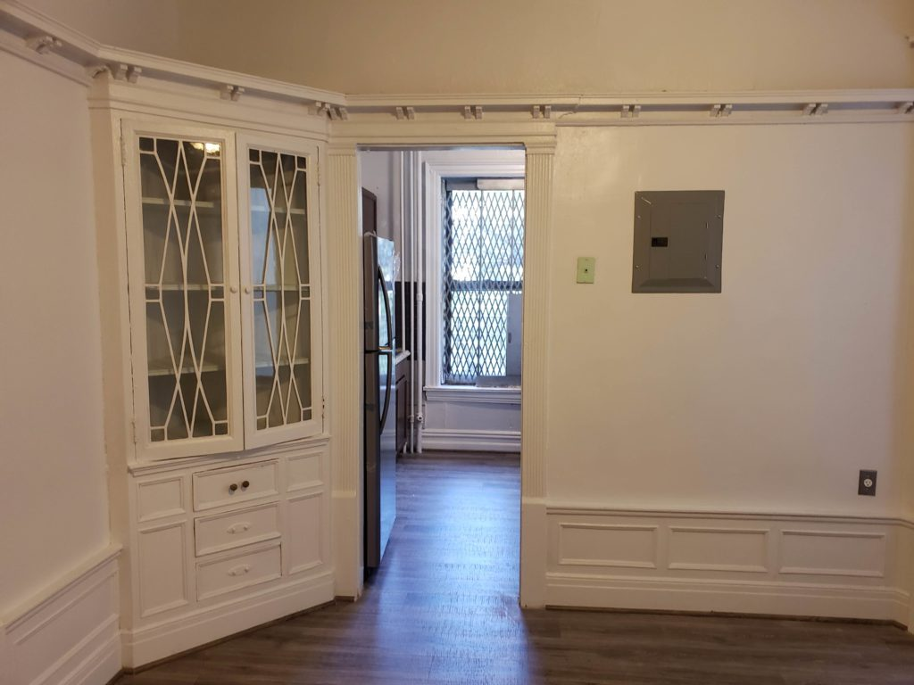 Pre War large 3 Bedroom Apartment in Leafy Crown Heights