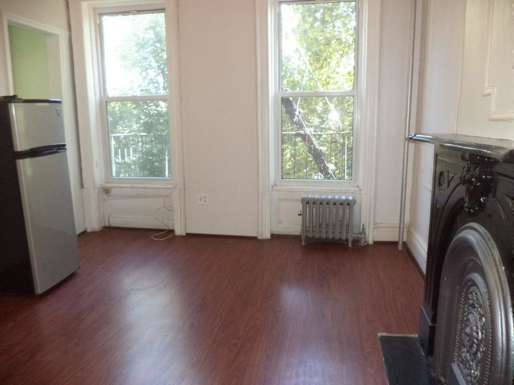 COZY CROWN HEIGHTS STUDIO w/ ALL UTILITIES INCLUDED!!